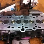 Engine reconditioning: overhauled cylinder head